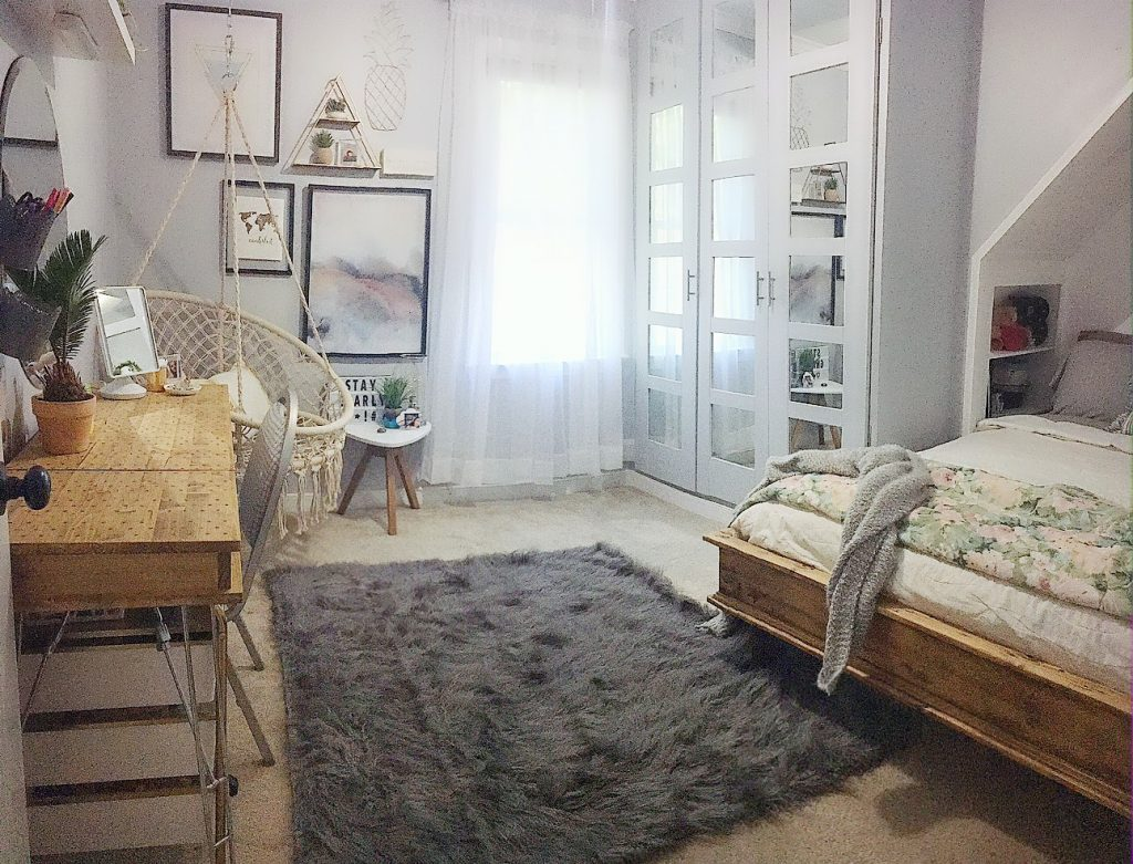 boho bedroom - full room