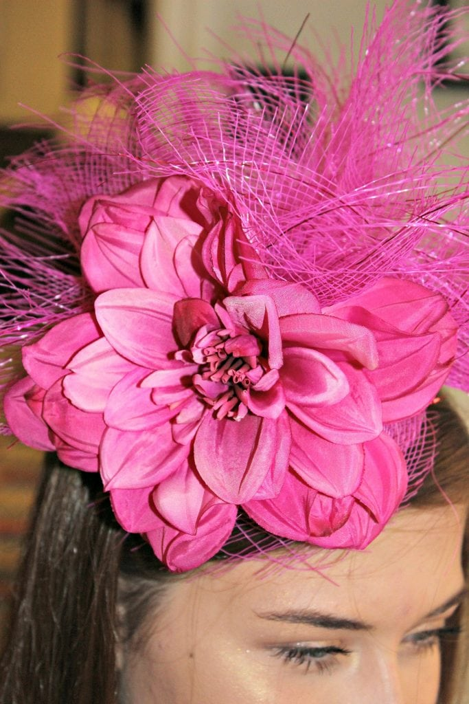 how to make a fascinator - completed_modelled