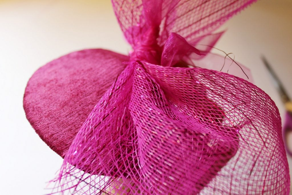 fascinator_decomesh_attachtohat
