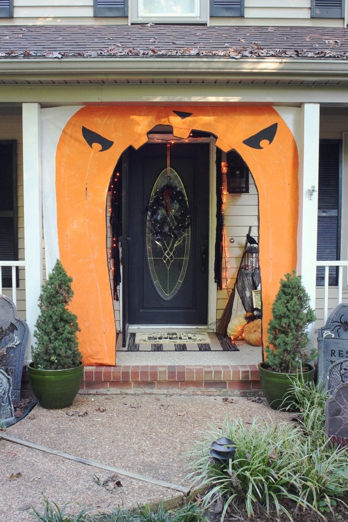 halloween door decor diy