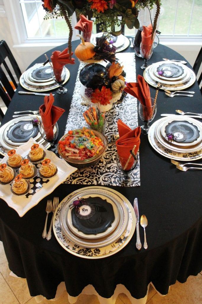 halloween party table ideas