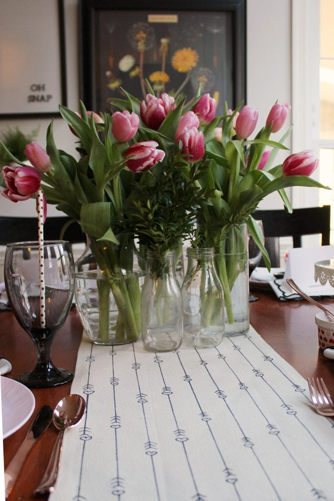 valentines table cloth