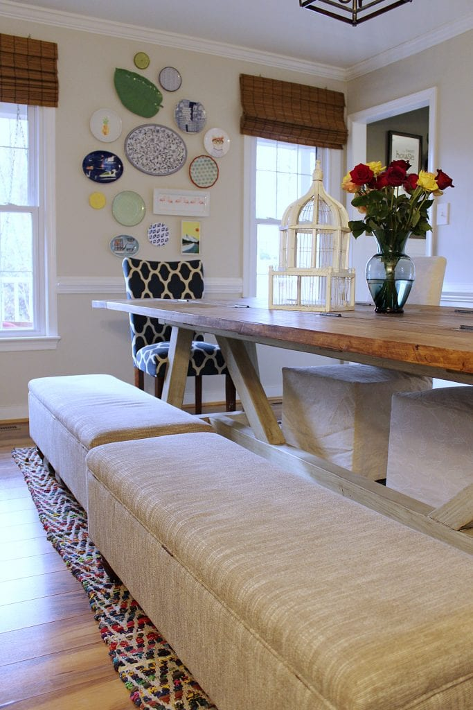 multipurpose dining room - benches at table