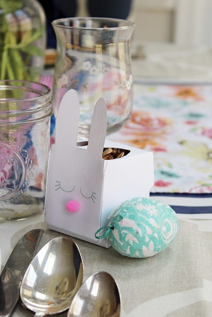 Easter Table Decoration Ideas - Bunny Box Template
